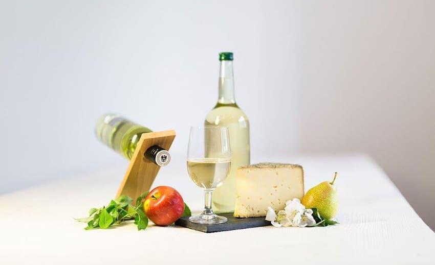 Most mit Käse und Obst fotografiert von Daniela Köppl