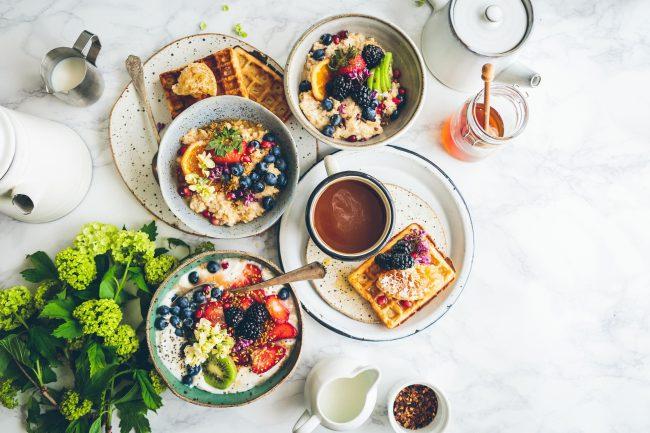 Frühstück mit Porridge oder auch Haferbrei