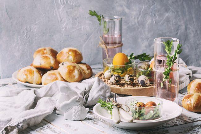Oster-Frühstück (Foto: iStock_NatashaBreen)