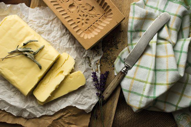 Butter aus dem Butterfass von Höflmaier