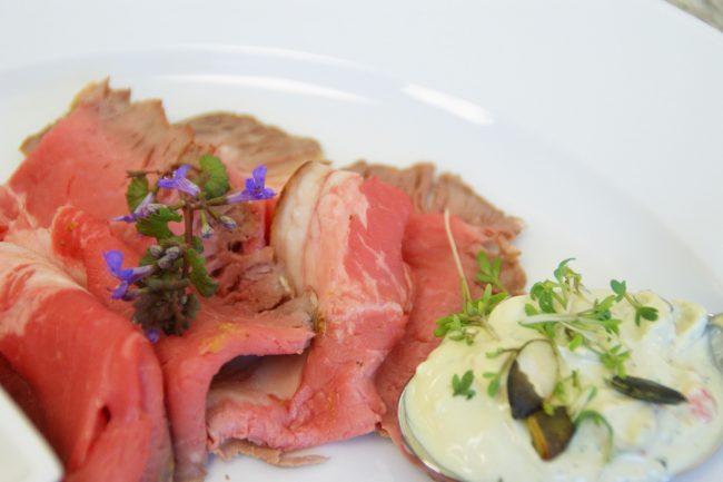 Roastbeef mit Kernöltopfen (Foto: LK OÖ)