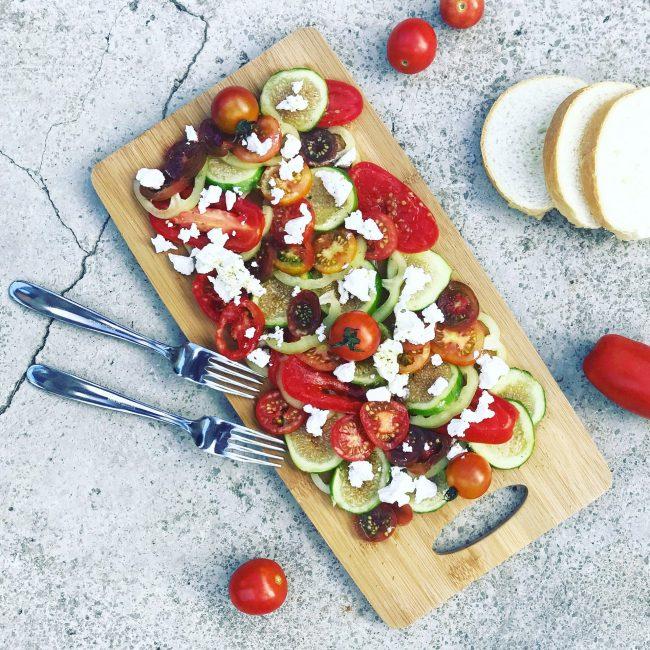 Tomaten-Feigen-Salt mit Ricotta von chez_simonemarie